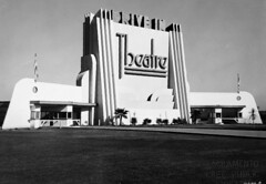19461031 El Rancho Drive-In Theatre (Tom Spaulding) Tags: california ca old architecture vintage photo theater landmark historic drivein sacramento kaput us40 1933 westsacramento streamlinemoderne route40 highway40 westcapitol elranchodrivein davishighway historicusroute40