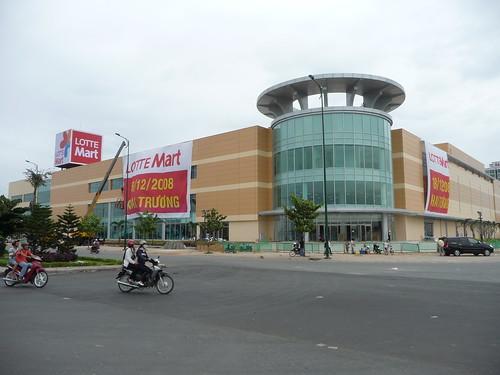 Lotte Mart Saigon, opening 18-12-08
