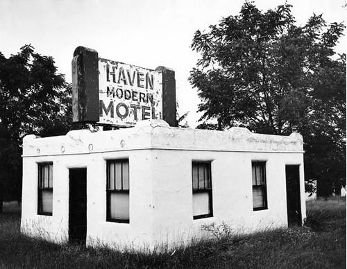 Modern Haven Motel.jpg