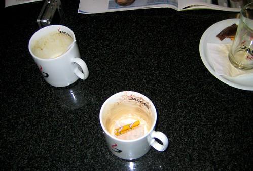 [litouwen] Koffie op Airport Bremen met leuke mensen uit Groningen.