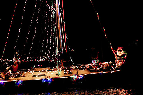 boat christmas parade 33
