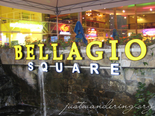 Bellagio Square 01