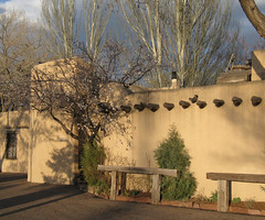 Evening Light: Santa Fe, New Mexico (NM) (Floyd Muad'Dib) Tags: santa new sunset plants usa plant newmexico santafe southwest america geotagged mexico us unitedstates united north adobe american vegetation northamerica states fe nm northern americanwest santafenewmexico santafenm adobewalls westernusa adobewall northernnewmexico adobehouse northernnm adobehome nedramatteucci fenngalleries