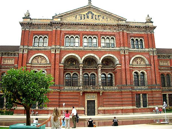 ヴィクトリア&アルバート美術館