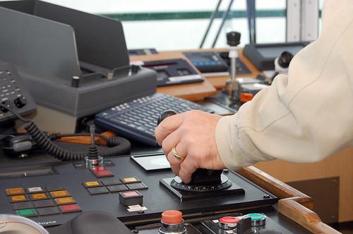 Port Z-drive Controller