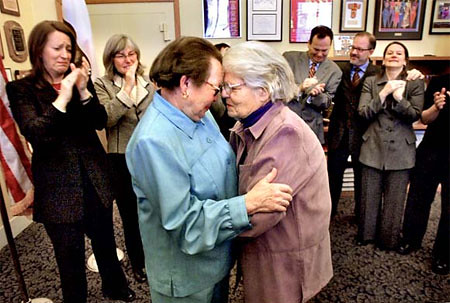 Lesbian Couple of 50 Years to be First Married in San Francisco — Again