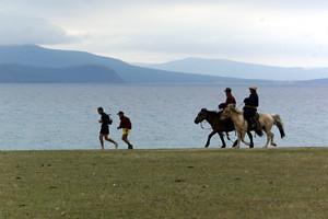 Lake_Running_2
