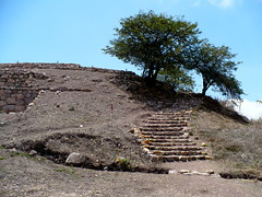 Ancient pre-Incan city discovered high above the Zaña river