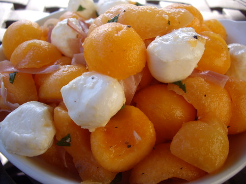 Cantaloupe and Bocconcini Salad with Mint