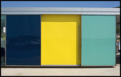 Harbour office - mondrianesque (xollob58) Tags: blue reflection yellow spain yacht gelb blau mondrian spiegelung estartit jacht boldcolours harbouroffice hafenmeisterei krftigefarben