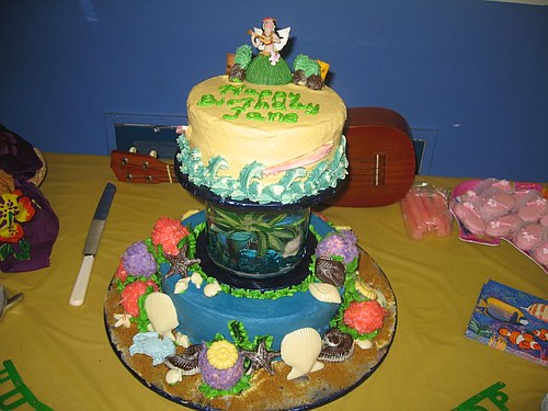 Jane's Luau Ocean-Themed Cake
