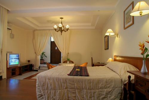 Hotel Yani - Suites