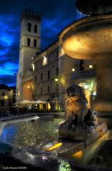 """Assisi by night (Carlo """"Granchius"""" Bonini) Tags: italy searchthebest picturesque perugia notturna soe assisi umbria supershot golddragon mywinners colorphotoaward diamondclassphotographer flickrdiamond carlobonini theperfectphotographer granchius rubyphotographer panoramafotogrfico"""