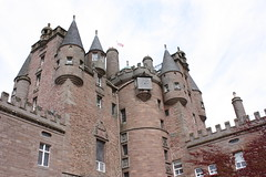 """Glamis Castle • <a style=""""font-size:0.8em;"""" href=""""http://www.flickr.com/photos/62319355@N00/2889347865/"""" target=""""_blank"""">View on Flickr</a>"""