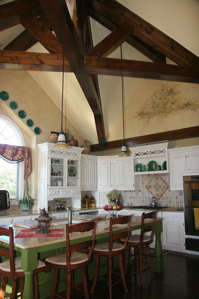 Kitchen 010