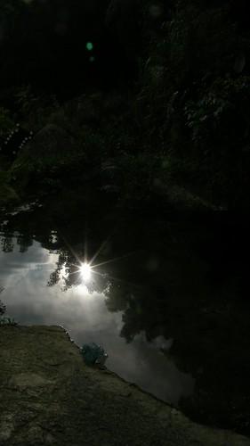29.池水與日出的倒影