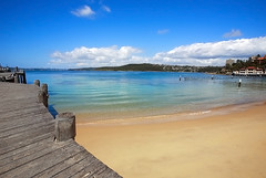 Beach - Manly (Tanya Puntti (SLR Photography Guide)) Tags: beach manlybeach australianbeach