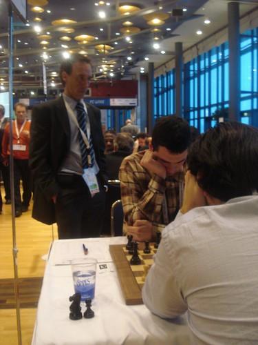 El delegat per lassemblea de la FIDE, Joan A. Obregón