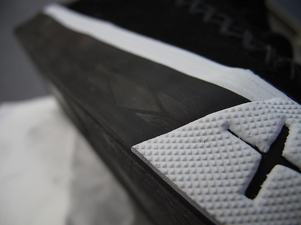 56d474f63d Sole detail (wZa HK) Tags  shoes sneakers kicks vans offthewall  vansoffthewall vanssyndicate 8five2