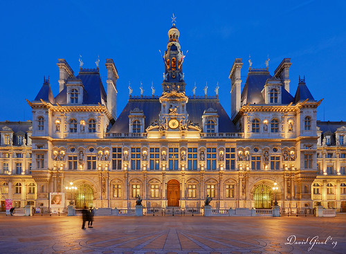 paris city hall. Blue Hour on Paris City Hall