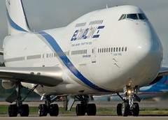 "4X-ELC El Al Israel Airlines  Boeing 747-458 ""Be'er Sheva"" (Osdu) Tags: airplane airport aircraft aviation aeroplane boeing beersheva aviao airlines flugzeug avin boeing747 aereo spotting dme avion avia vliegtuig elal flygplan planespotting   aeroplano lentokone  samolot uak flugvl israelairlines domodedovo    747 luftfahrzeug lennuk     uudd   letoun fastvingefly aroplanum"