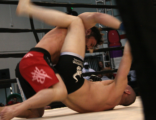 5692409786 a052c2ecff z Long Beach Fight Night 12 Results
