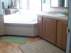 Masterbath (SunshineRanchRentals) Tags: show vacation arizona white mountains low rental az