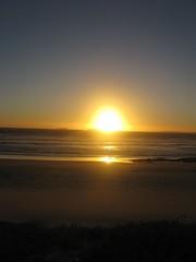 Blouberg Sunset (fuelspin) Tags: orange sun boat waves windy son capetown skip tilt shining freight blouberg kaap branders sononder skepe golwe