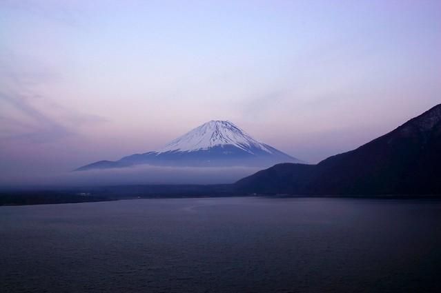本栖湖からの富士山 - Mt.Fuji and Lake Motosuko