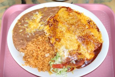 Bobby D's - Chile Relleno and Cheese Enchilada Combo