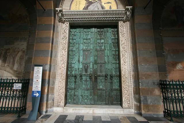 bronze door (c.1060)