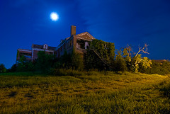 Night of the Woodmen (Noel Kerns) Tags: abandoned home night circle texas sherman woodmens
