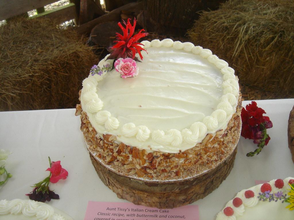 Aunt Tissy's Italian Cream Cake