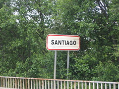 "Santiago • <a style=""font-size:0.8em;"" href=""http://www.flickr.com/photos/48277923@N00/2626346468/"" target=""_blank"">View on Flickr</a>"
