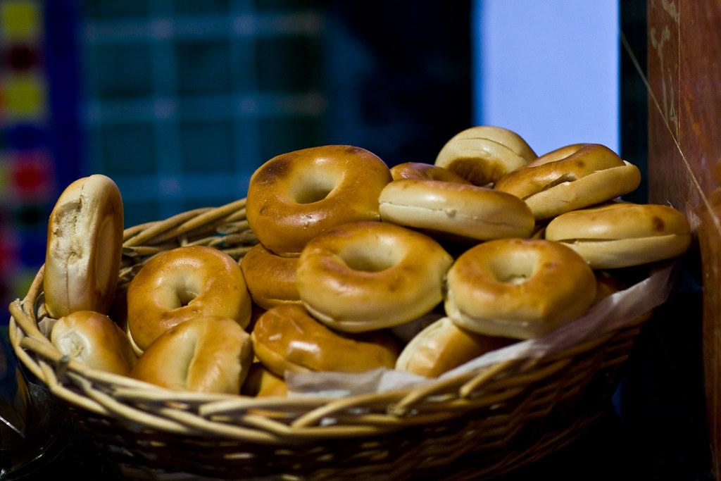 basket of bagels  - Voxefx