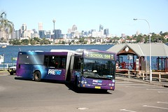 State Transit (Sydney Buses) Volvo B12BLEA articulated (bendy bus) 1713 turning at Valentia Street ferry wharf, Woolwich, Sydney, Australia. (express000) Tags: sydneyharbour sydneybuses volvobus sydneyharbouraustralia busesinaustralia statetransitauthority volvob12bleaariculated valentiastreetwharfwoolwich woolwichsydneyaustralia