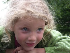 Clara (eric.delcroix) Tags: clara portrait girl face kids kid nikon coolpix enfant fille childen e3100