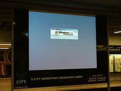 Windows Reboot : Public Viewing (binaryCoco) Tags: windows light station computer underground error tram bahnhof hannover hauptbahnhof ubahn reboot fehler haltestelle üstra neustart strasenbahn