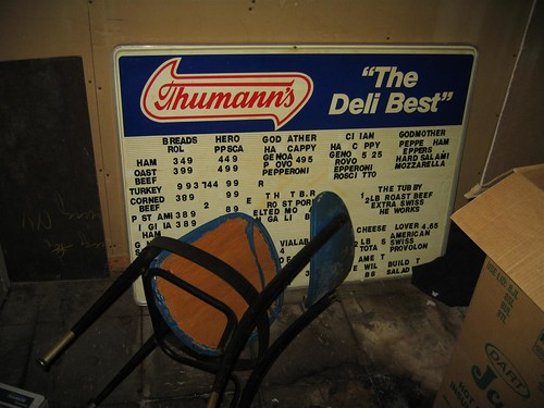 Thumann's - The Deli Best sign