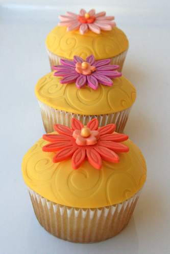 Bright Summer Cupcakes
