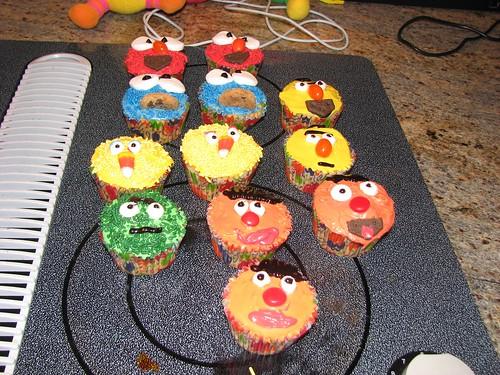 sesame street cupcakes. Sesame+street+cupcakes