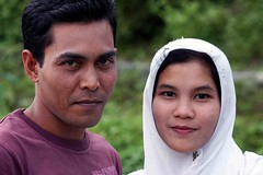 Ada cinta (Mangiwau) Tags: woman man love boyfriend indonesia helsinki rainforest girlfriend couple peace air relaxing conflict resolution motor resting aceh bang cinta breathtaking zone sms damai laki agreement bung darussalam jilbab cewek sigli pidie atjeh tangse cowok pacar nanggroe wowiekazowie