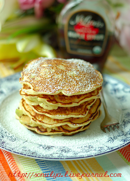 Ricotta Apple Pancakes