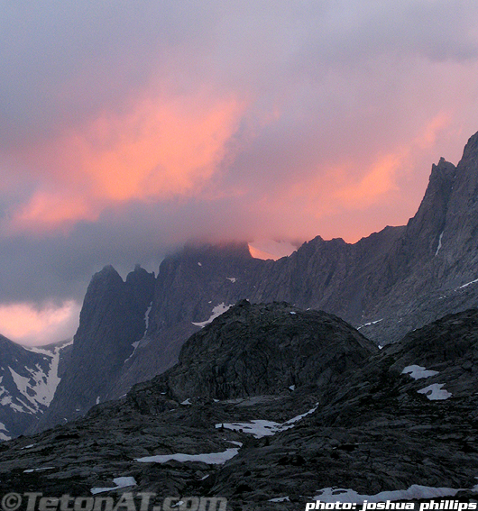 Sunset over Titcomb Basin