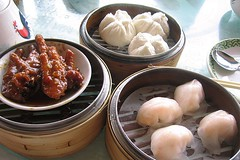 HONG KONG DIM SUM (misswangy) Tags: china food hongkong restaurant shrimp dimsum wang  dumplings steamer chickenfeet bao yumcha porkbun wangy hargow  chasubao  hargau misswang misswangy