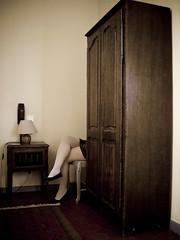 Liberté liberté cherie (Ilaria ♠) Tags: digital hotel montpellier explore kodakeasyshare francia noia autoscatto domenica selfshot stanza gambe albergo