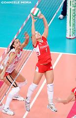 Fernandinha - Yamamay Busto Arsizio (Daniele Mora) Tags: sport volleyball pesaro volley scavolini pallavolo bustoarsizio yamamay danielemora
