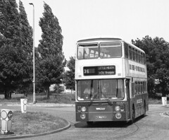Not on the list (CovkidAl) Tags: road street old travel blue west green shepherd cream east lane 1992 coventry 1977 daimler leyland fleetline midlands wheatley lancs livery shepherdess pte 6722 acocks keresley harnall noc722r
