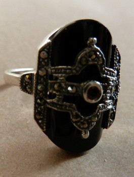 E210N Art Deco design sterling silver, marcasite & onyx rign with garnet centre stone