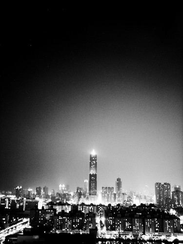 the night of Kaohsiung City (by 小帽(Hat))